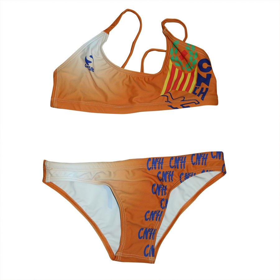 Bikini femeni taronja davant CNLH